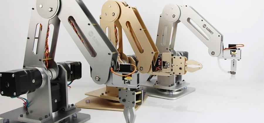 Dobot robotic arm can draw, etch, and play