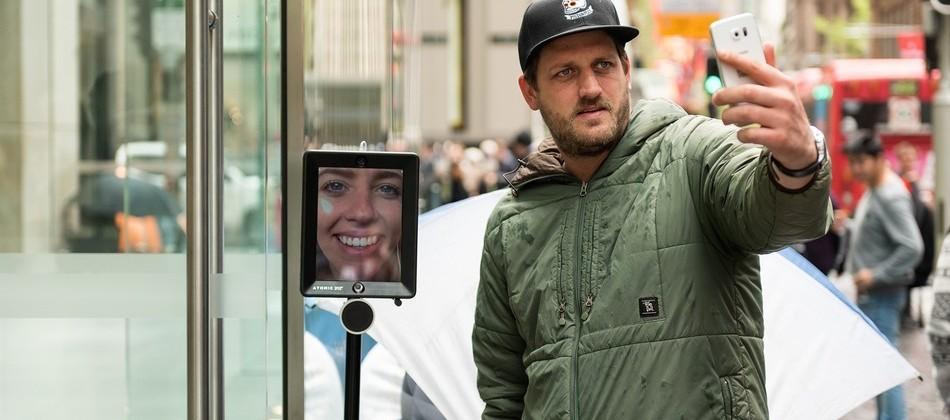 This iPad on a stick is camping out for the iPhone 6s