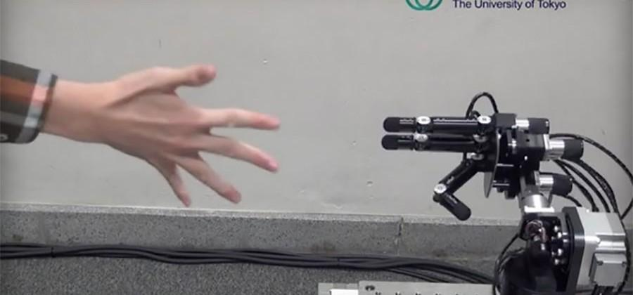 Rock Paper Scissors robot wins every time and cheats to do it