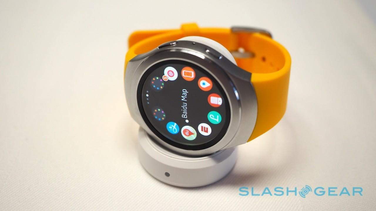 Samsung Gear S2 hands-on: Tizen teaches Android Wear circles