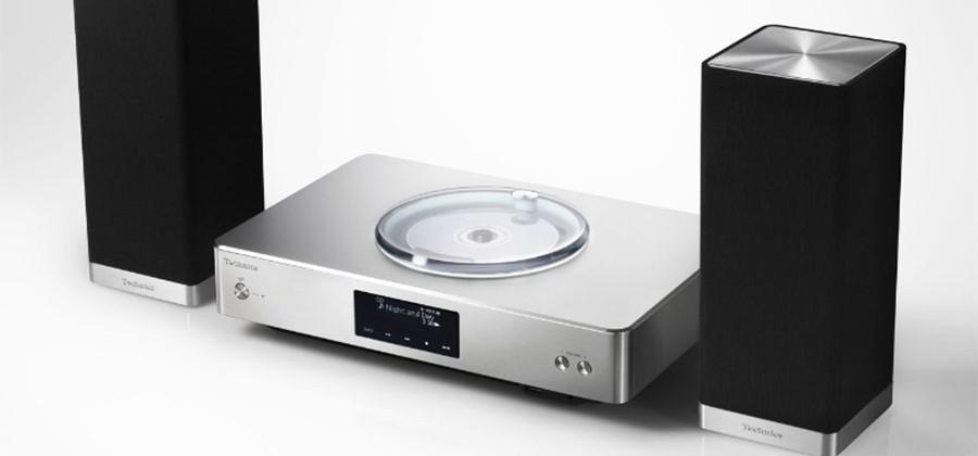 Panasonic Technics SC-C500 HiFi system and EAH-T700 headphones aim at audiophiles