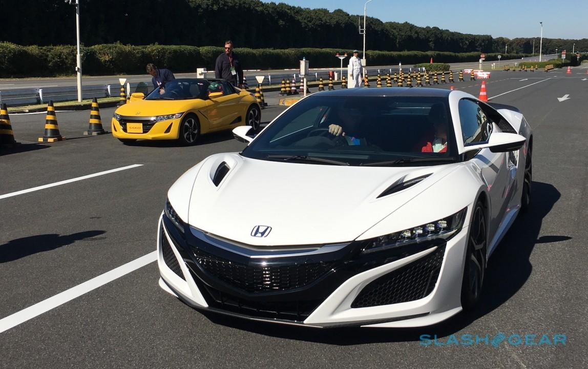 2017-acura-nsx-preview-sg-4