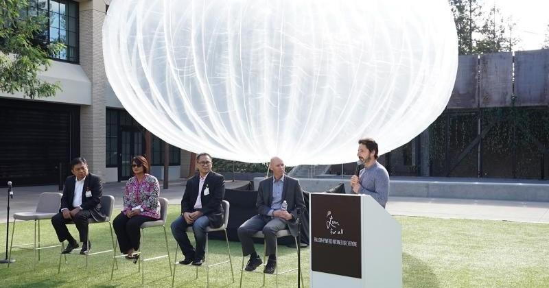 Google's Project Loon takes flight in Indonesia in 2016