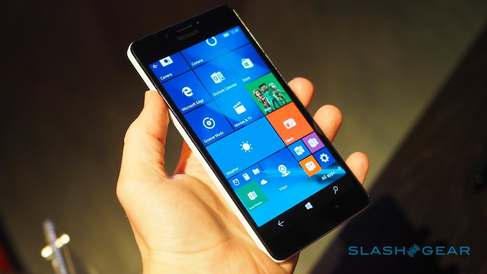 Microsoft Lumia 950 XL and 950 hands-on - SlashGear