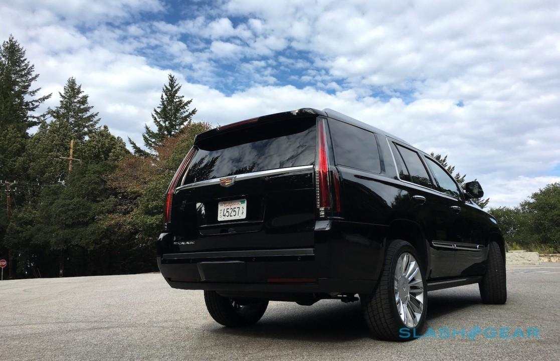2016-cadillac-escalade-platinum-review-sg-6