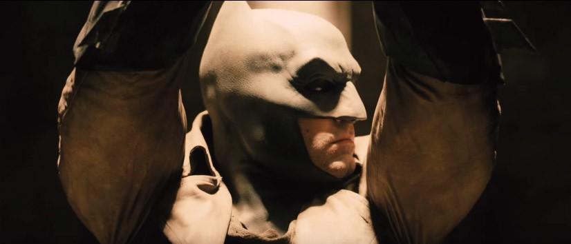 Batman v Superman exclusive sneak teases Dec 2 trailer