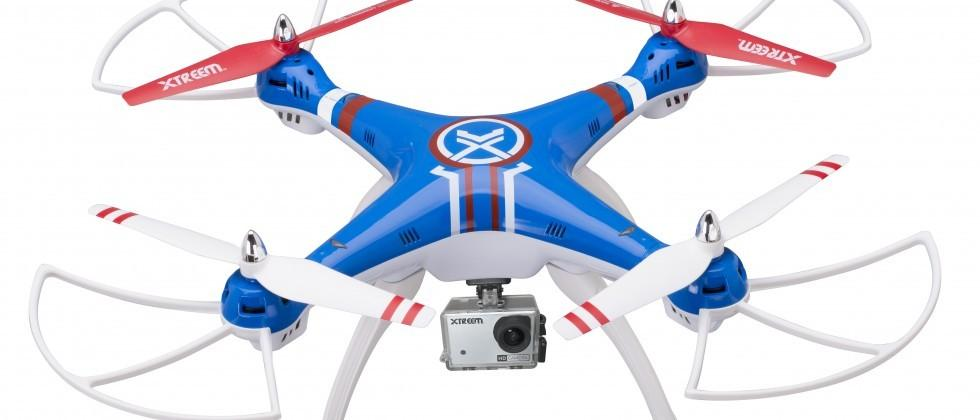 Xtreem Gravity Pursuit outdoors drone launches with FHD camera