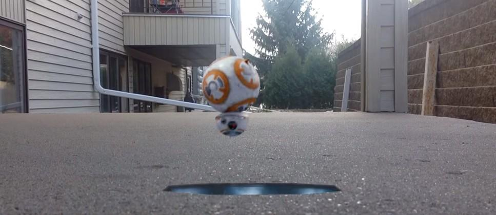 Star Wars Action Movie FX app reveals BB-8's weapons and agility