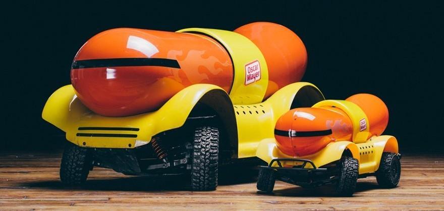 Oscar Mayer 'Wiener Rover' RC is a mini Wienermobile