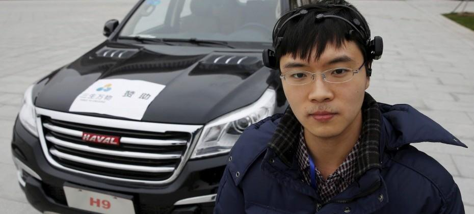 Chinese researchers working on a car driven by your brain