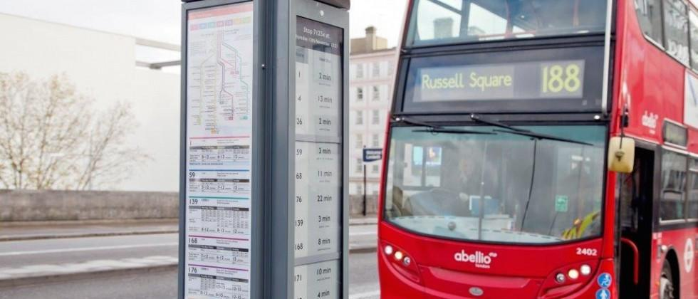 London begins testing e-ink bus stop signs with real-time schedules