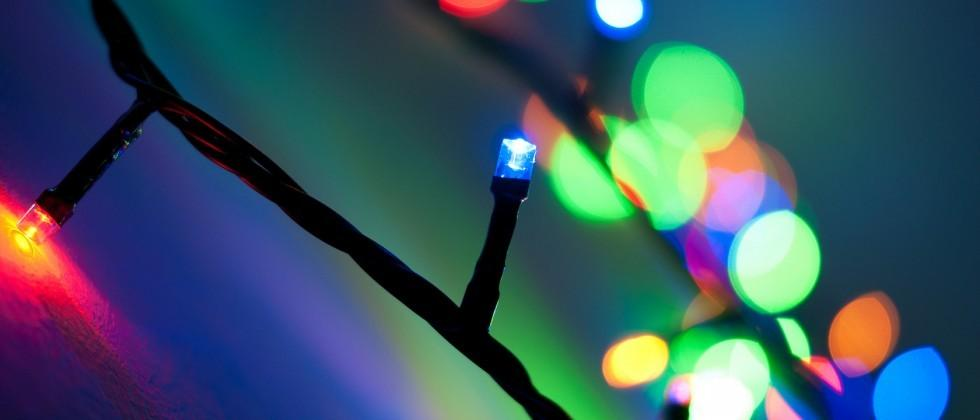 No, Christmas lights probably aren't killing your WiFi