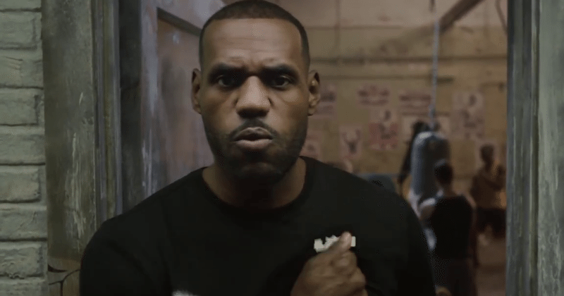 Samsung, Oculus get LeBron to help advertise the Gear VR