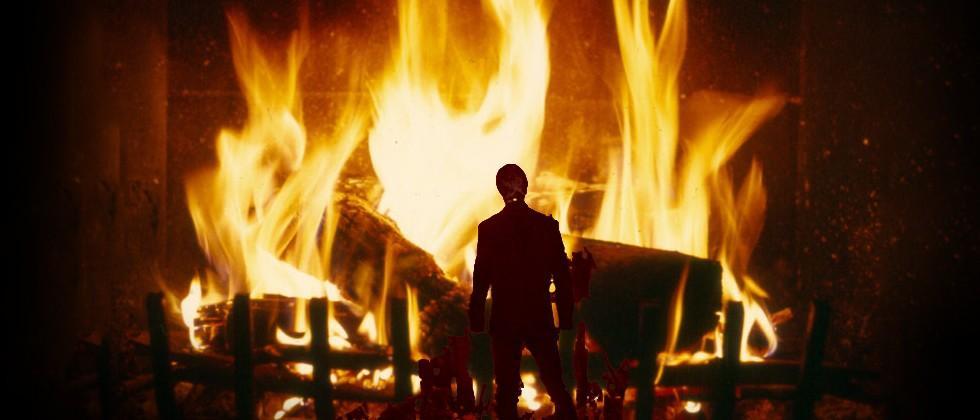 Star Wars Yule Log time: Five hours of Darth Vader's burning suit
