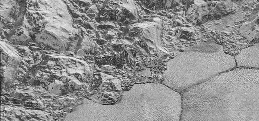 New Horizons images shows off Pluto's mountains