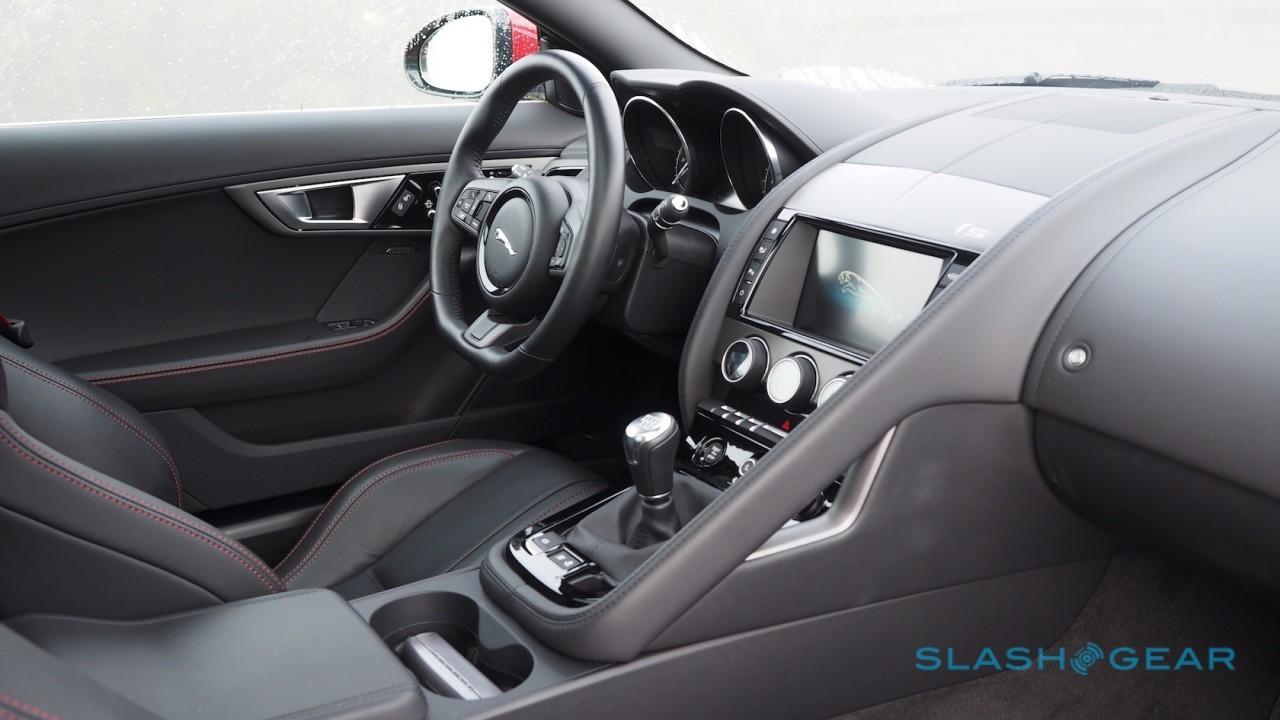 2016-jaguar-f-type-coupe-review-14