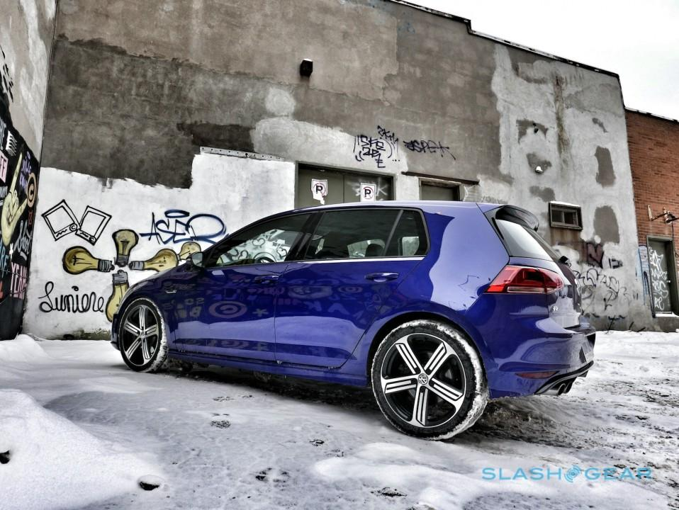 2016-volkswagen-golf-r-9