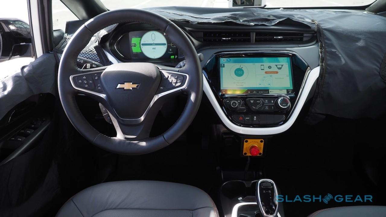2017-chevrolet-bolt-ev-prototype-first-drive-9