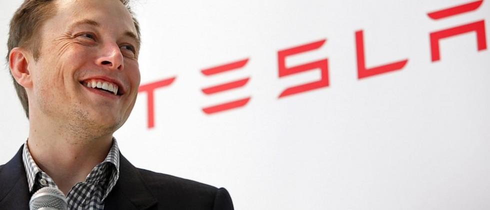 """Elon Musk: it's """"obvious"""" Apple is making a car"""