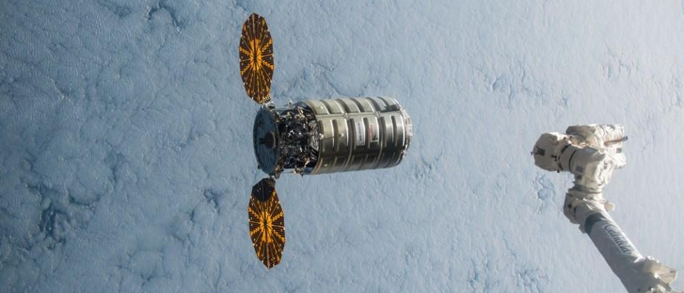 NASA awards SpaceX, SNC, and Orbital ATK ISS cargo contracts