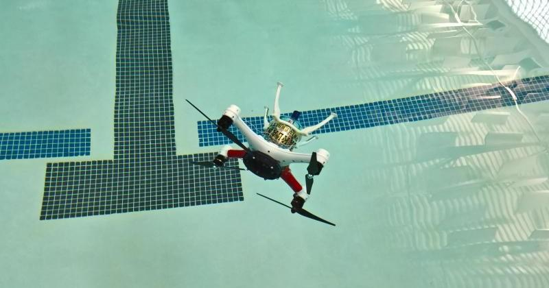 Loon Copter can fly in the air, swim on or under water