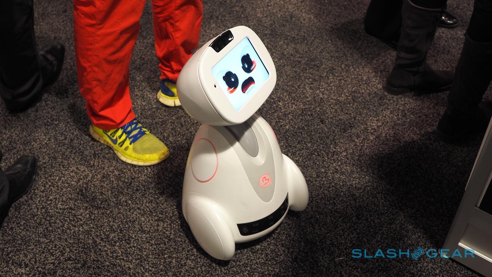 buddy-robot-ces-2016-0