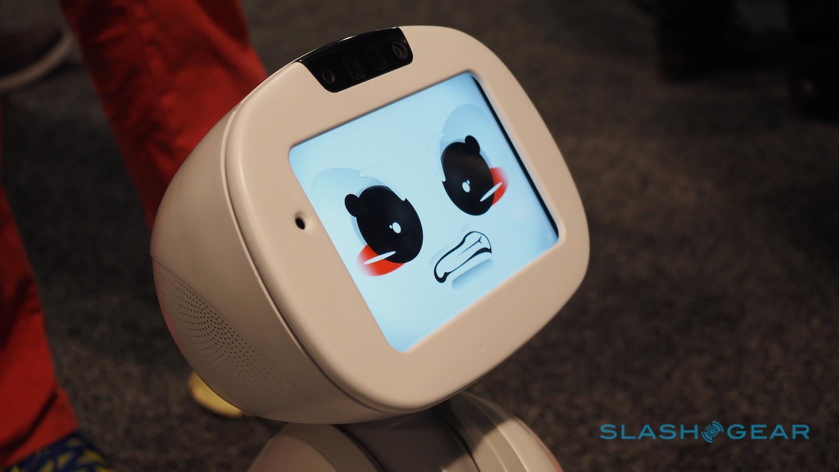 buddy-robot-ces-2016-2