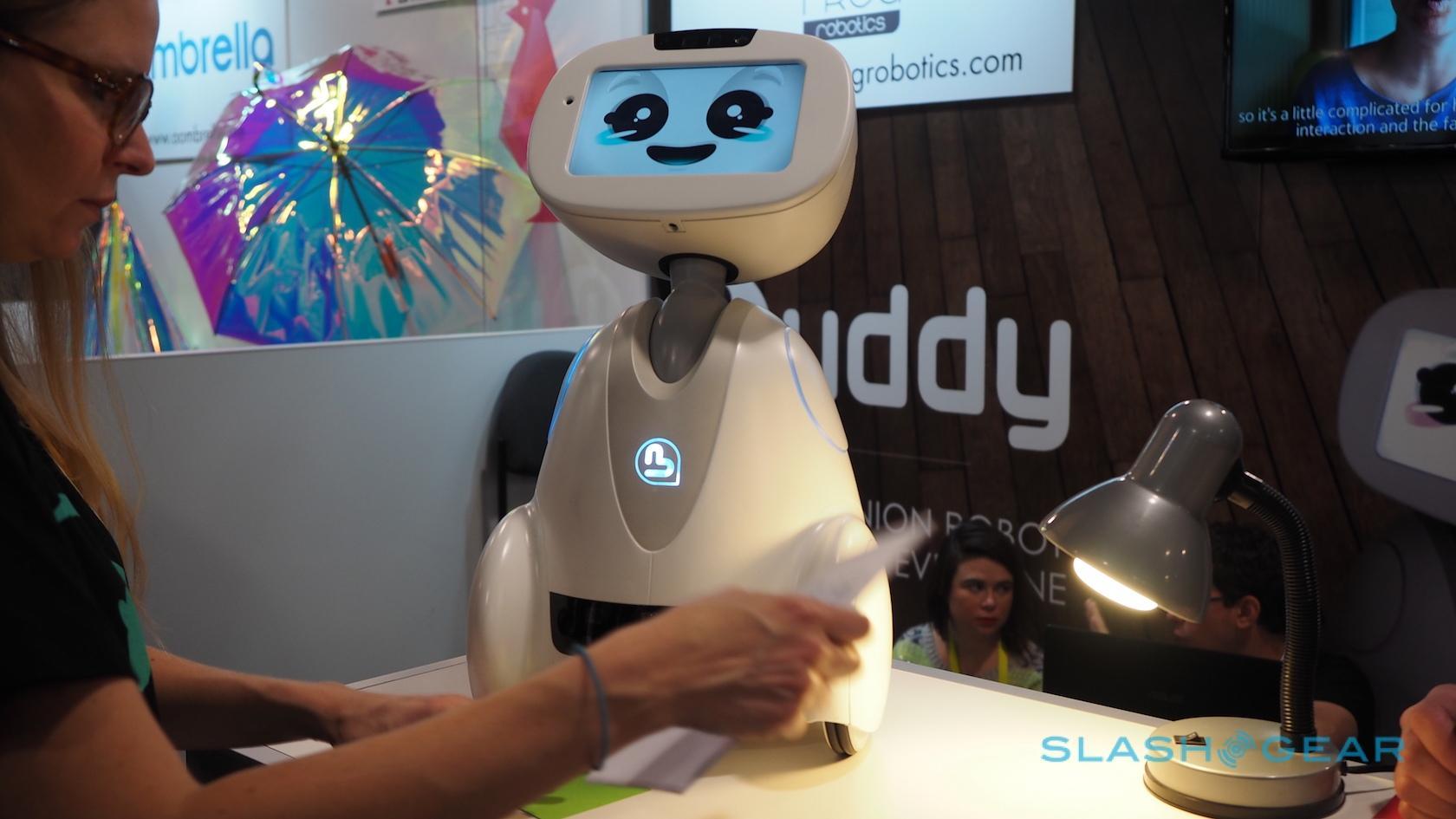 buddy-robot-ces-2016-4