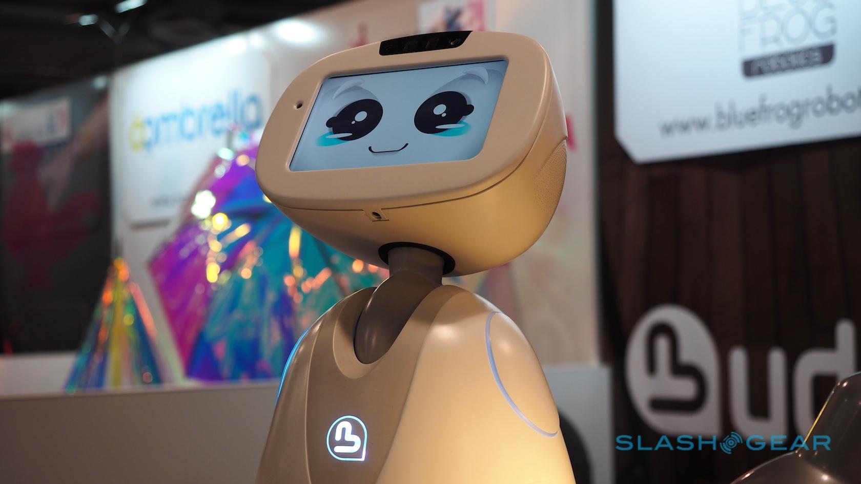 buddy-robot-ces-2016-7