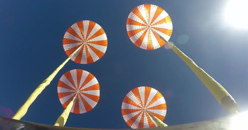 SpaceX Successfully Tests of Crew Dragon's Parachutes