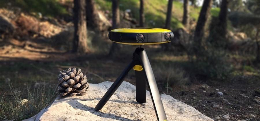 VUZE Camera is a portable 360-degree 3D VR camera aimed at average Joes