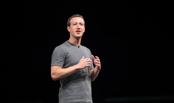 Zuckerberg at Samsung UNPACKED: VR is the next social