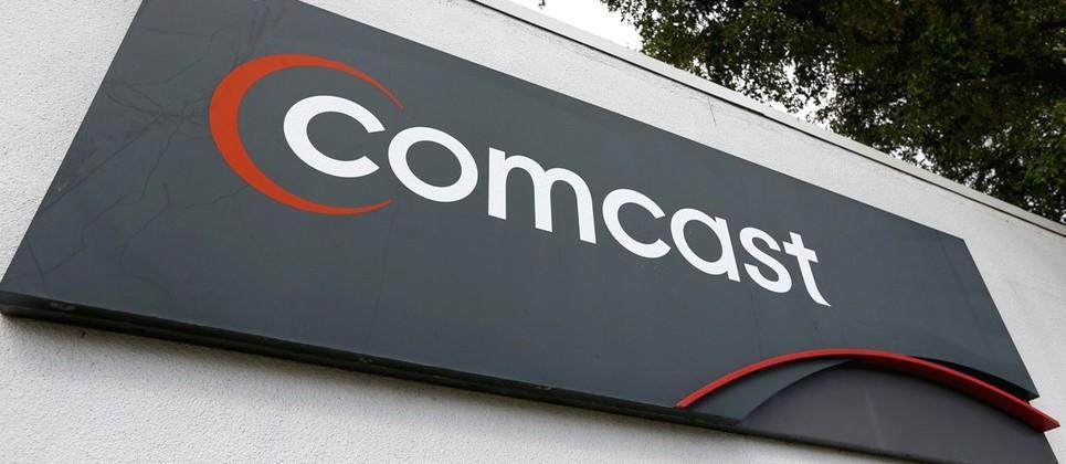 Dissatisfied customer tweets Comcast when his speeds go down