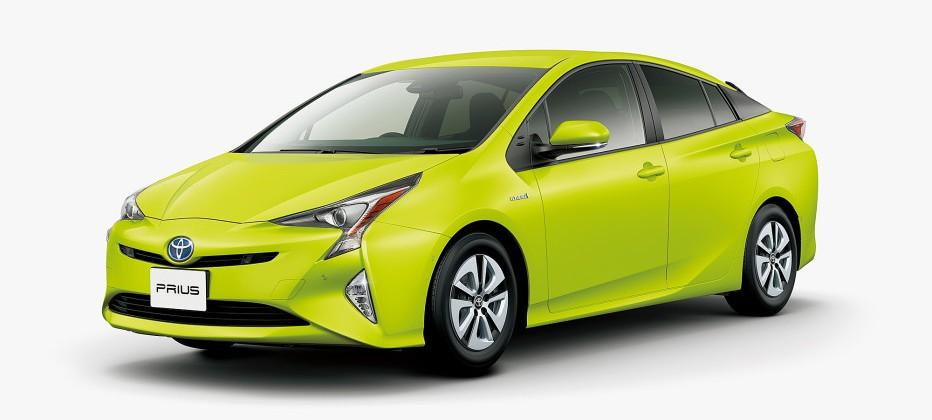 Toyota Prius goes lime green with new solar reflective paint