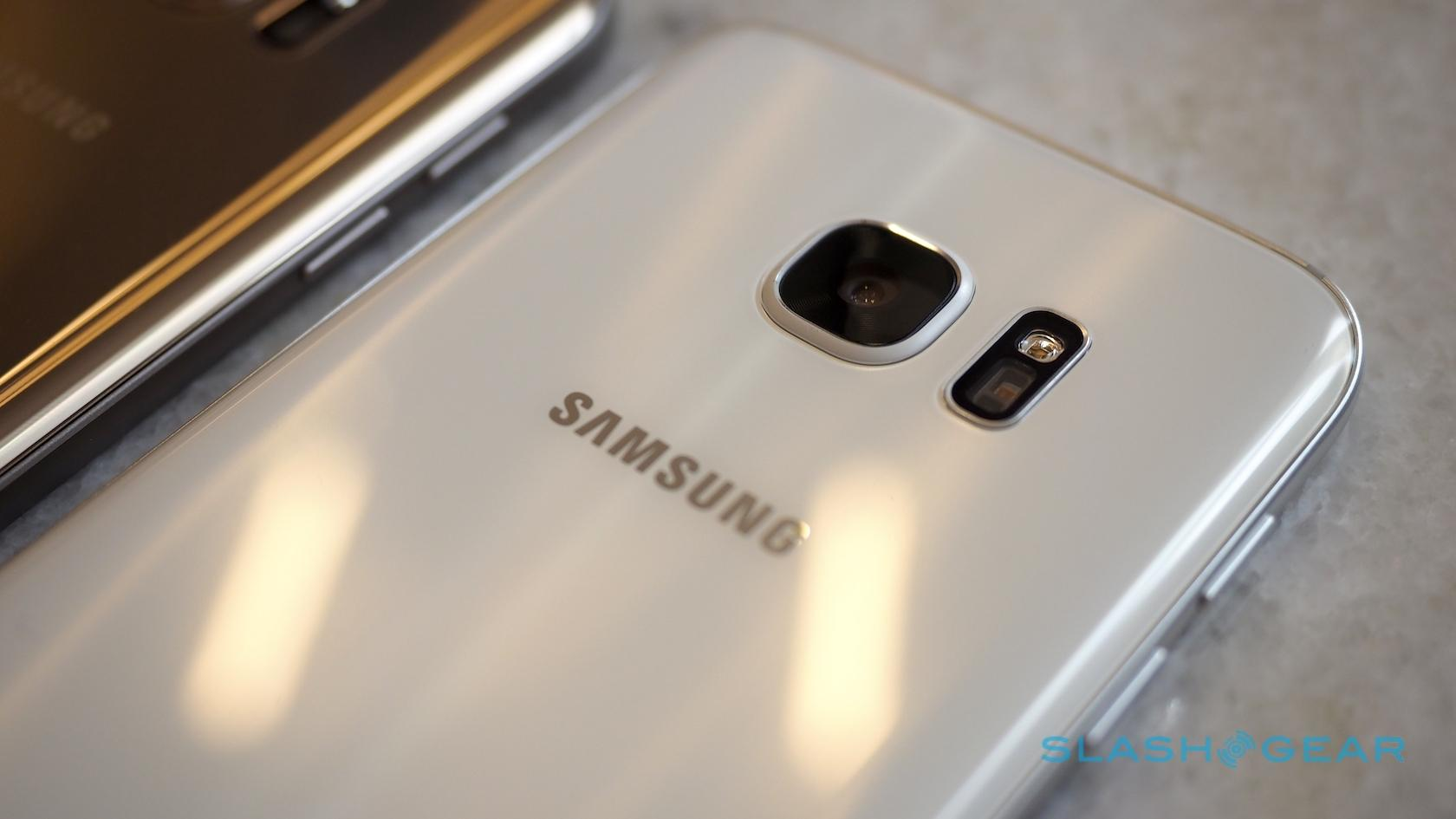 Sidste nye Samsung Galaxy S7 tiny facts: Camera Bump, Rubbery Gasket, Battery ZS-22