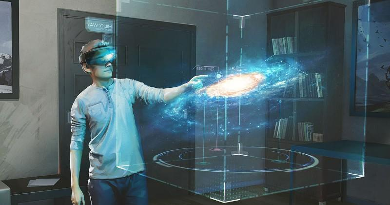 Microsoft HoloLens team teases more Galaxy Explorer pieces