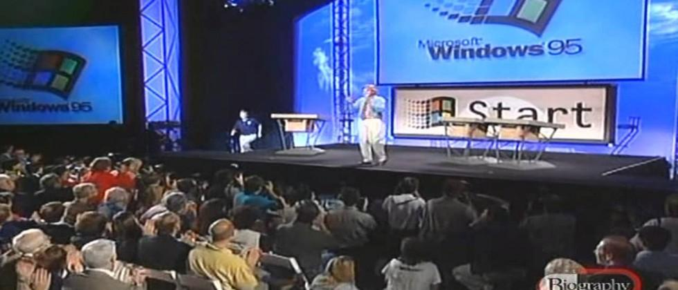 """Teens react to Windows 95: """"It looks so dull and ancient."""""""