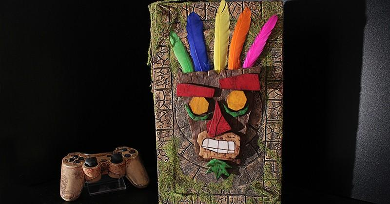 Crash Bandicoot PS2 mod is complete with Aku Aku mask