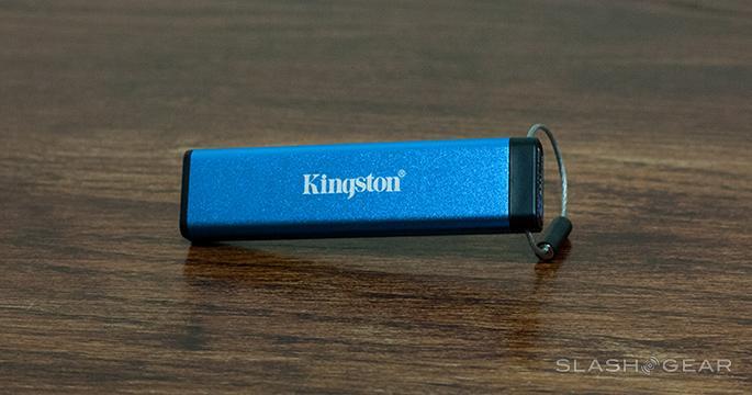 kingston-datatraveler-2000 (2)