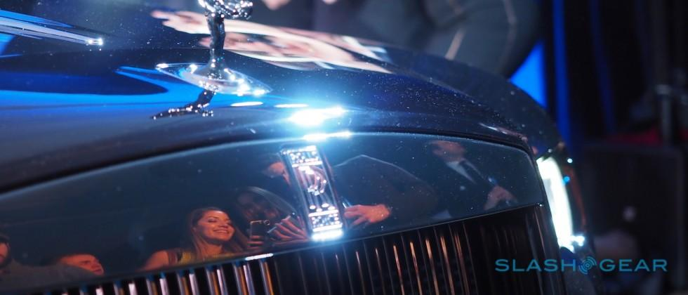 The Rolls-Royce Black Badge Wraith is peak selfie-magnet