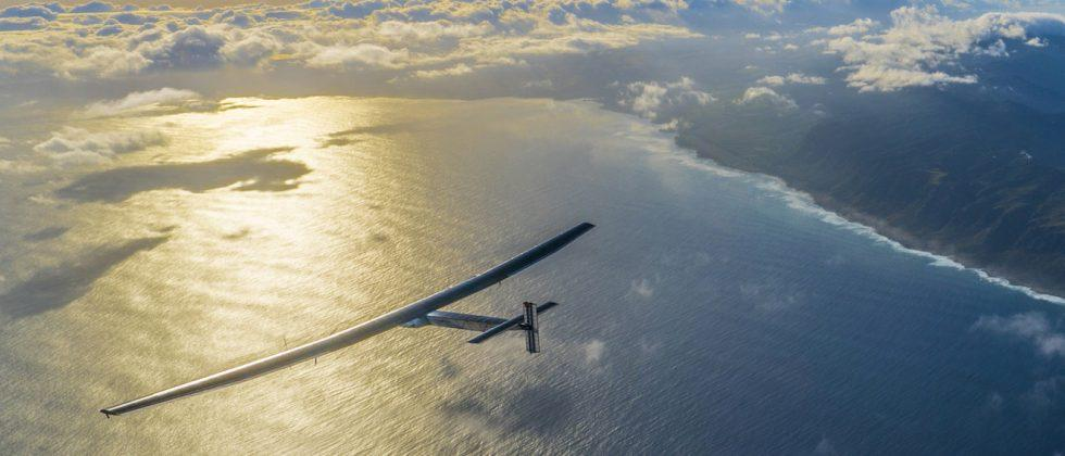 Solar Impulse plane lands in California after successfully crossing Pacific