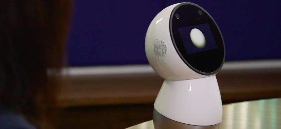 Jibo the companion robot will start shipping in October