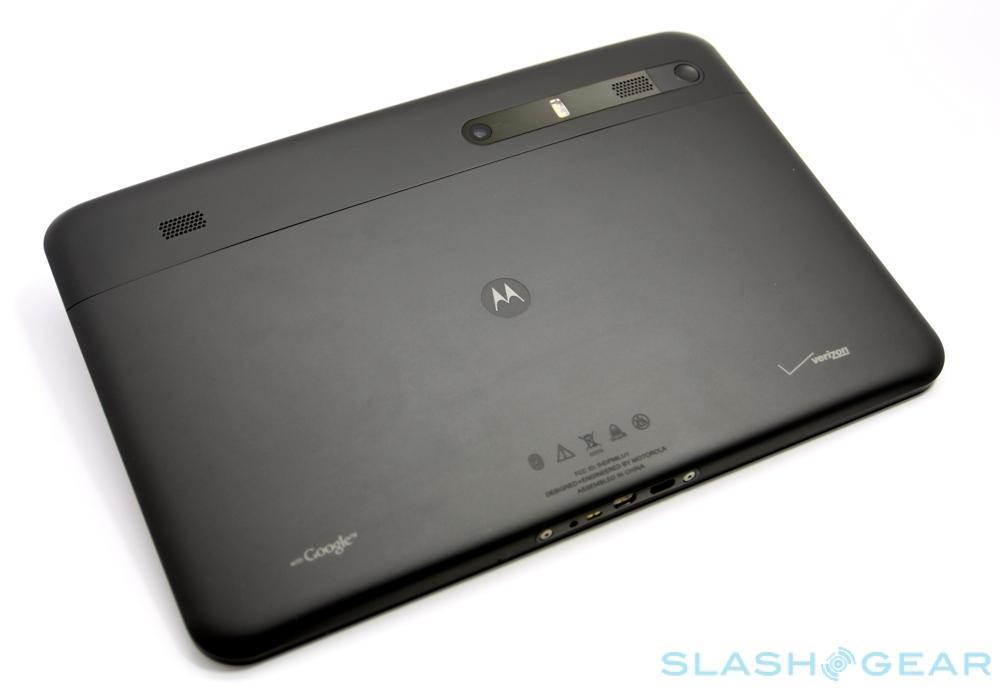 Motorola-XOOM-Review-01-AndroidCommunity
