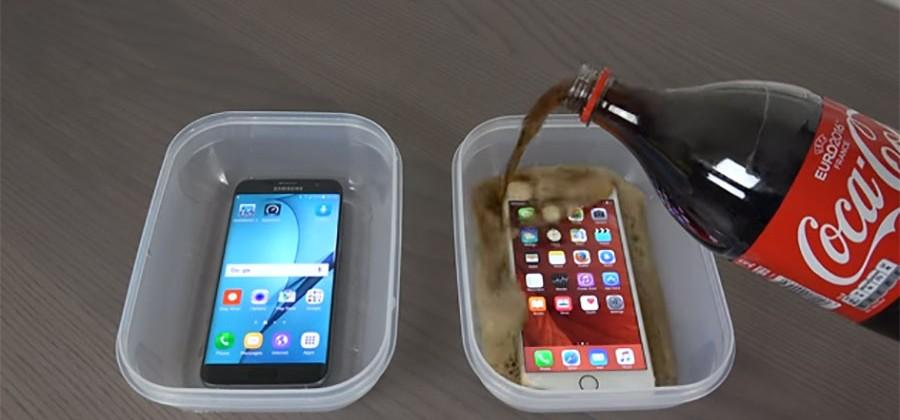 Galaxy S7 Edge and iPhone 6S Plus Coke freeze test is a sticky mess