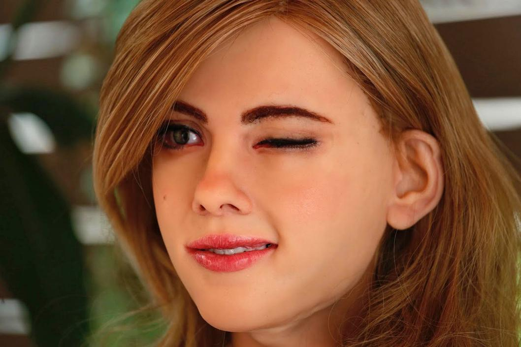 This home-made Scarlett Johansson robot is nightmare fuel