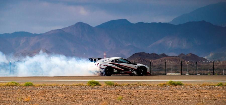 Nissan GT-R sets drift record at 189 mph