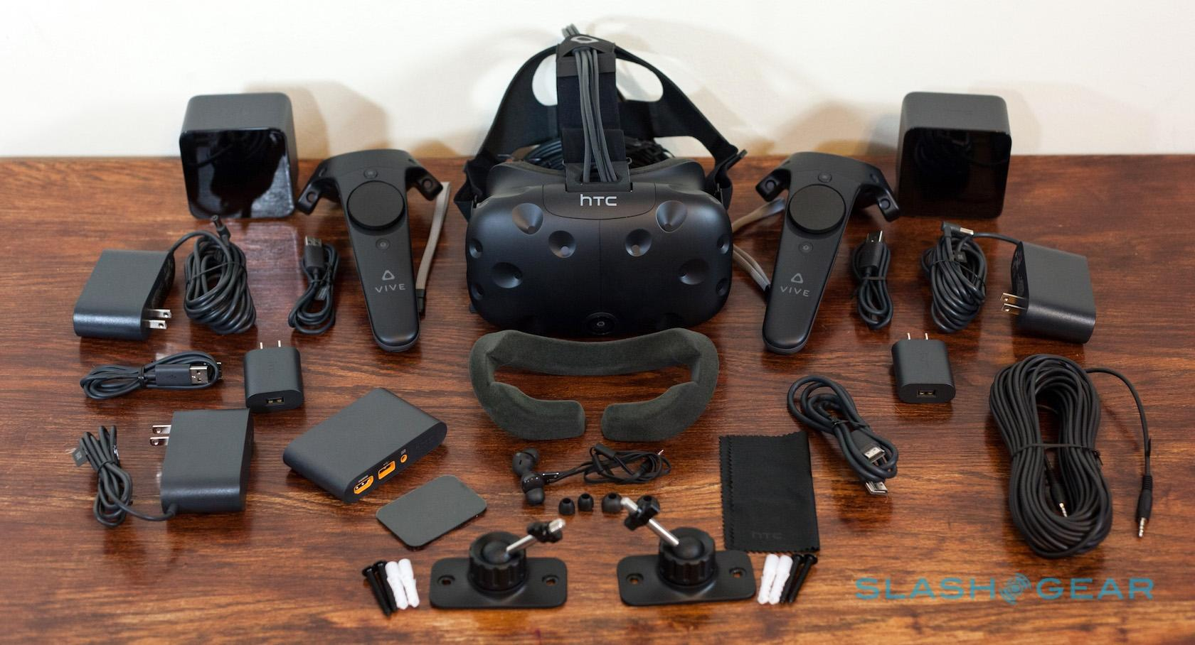 htc-vive-whats-in-the-box-0