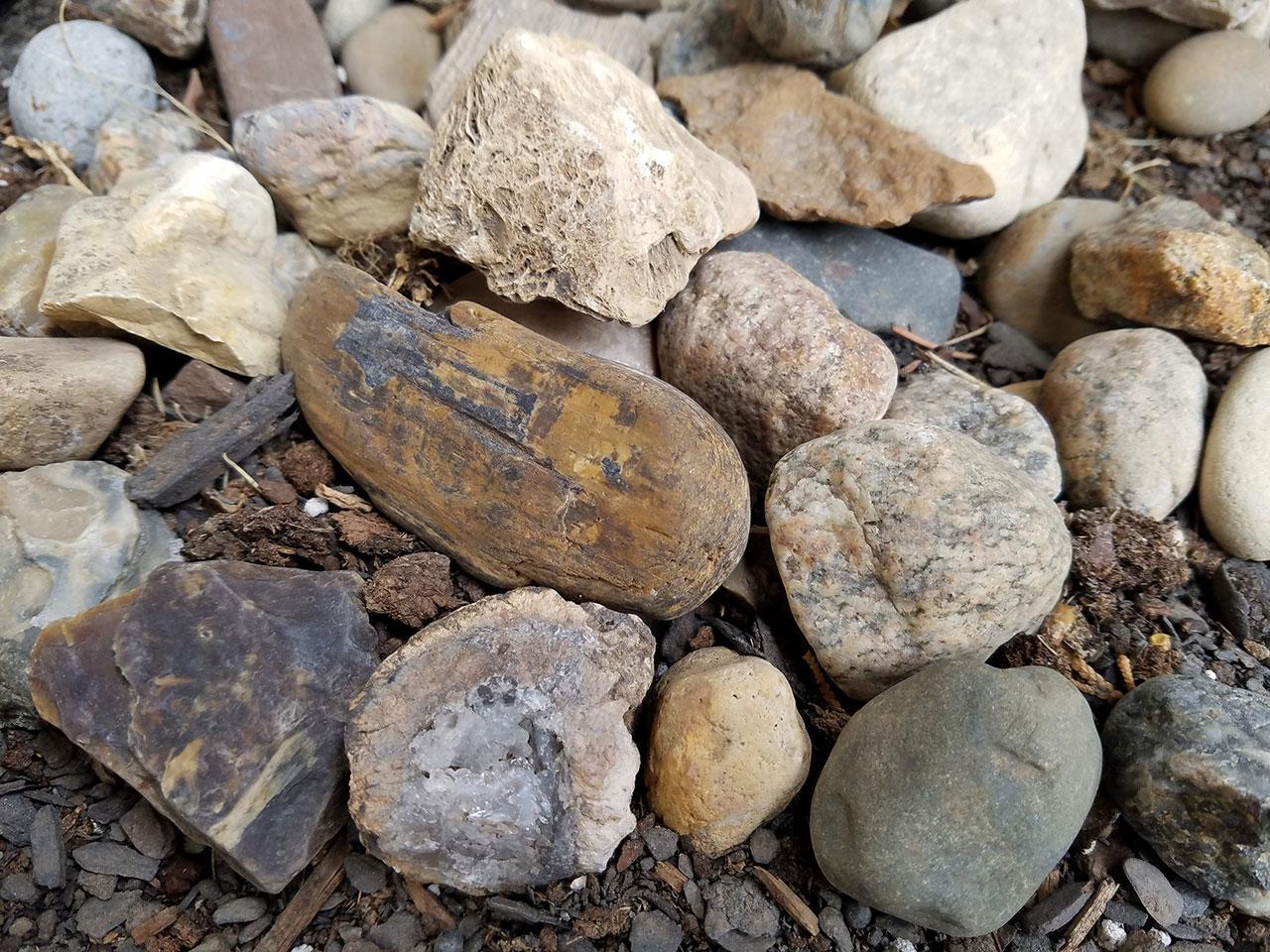 rocks_galaxys7