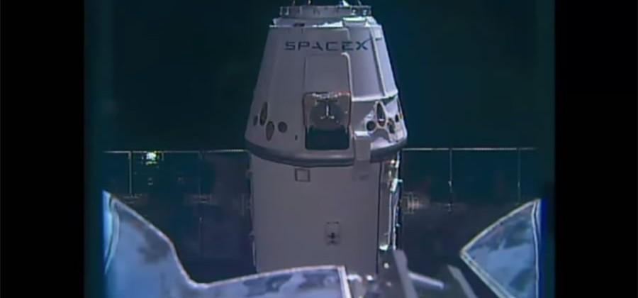 SpaceX Dragon capsule made it to the ISS without a hitch