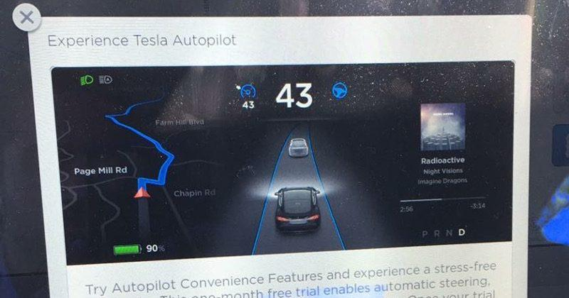 Tesla offers a free month to try out autopilot features
